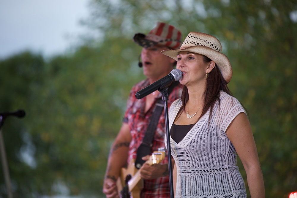 Live Music at Forks Community Days
